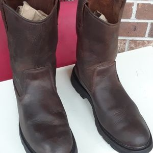 WOLVERINE Leather Short Pull On Boots Size 11